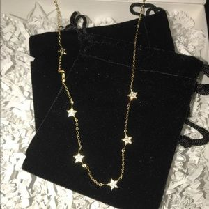 Star chocker from Xio by Ylette